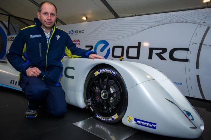 Nissan ZEOD RC l'auto elettrica più veloce al mondo monta pneumatici Michelin 01