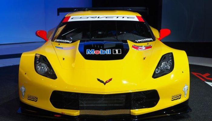 Chevrolet Corvette C7.R e Corvette Z06: le spettacolari immagini da Detroit 2014