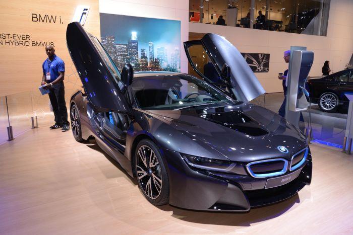 A giugno le consegne di BMW i8, supercar con consumi da utilitaria 7