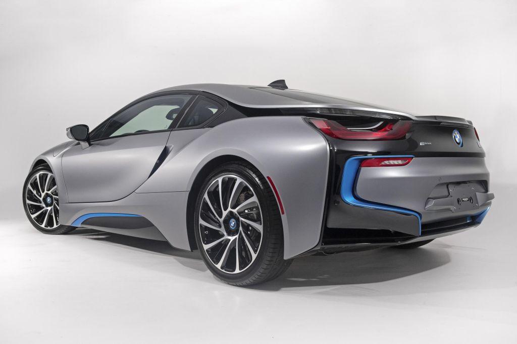 Bridgestone scelto come fornitore esclusivo per la BMW i8 01
