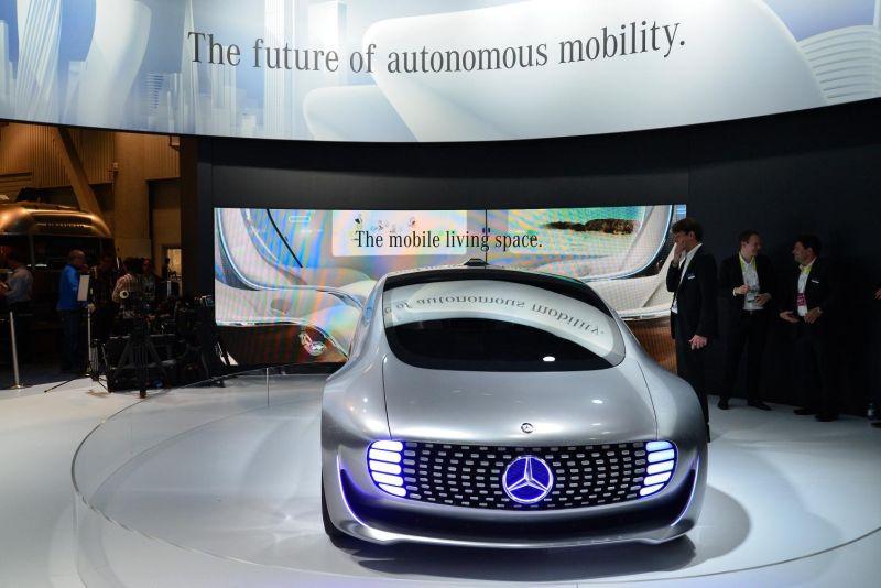 Mercedes-Benz F 015 Luxury in Motion 5