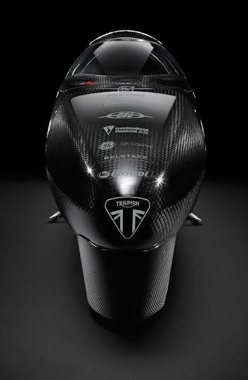 Triumph Motorcycles e Guy Martin insieme per riportare a casa il record di velocità 1