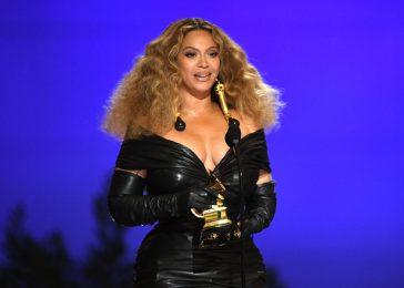 Beyoncé vittima di furto per un milione di dollari. Le indagini della polizia