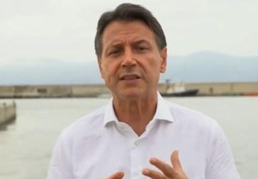 """Giuseppe Conte a Fedez: """"Sono d'accordo, bisogna riportare la capienza dei concerti al 100%"""""""