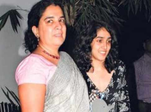 She and her Mother Reena Dutta