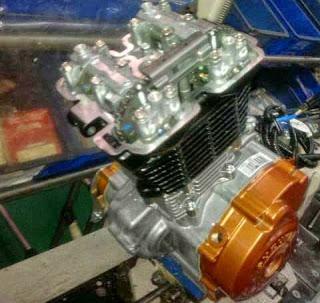 Mesin Motor Sport Full Fairing Suzuki
