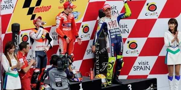 Casey Stoner Podium dengan Ducati