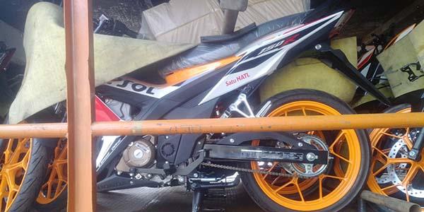 Full Body foto Sonic 150R Livery Repsol MotoGP