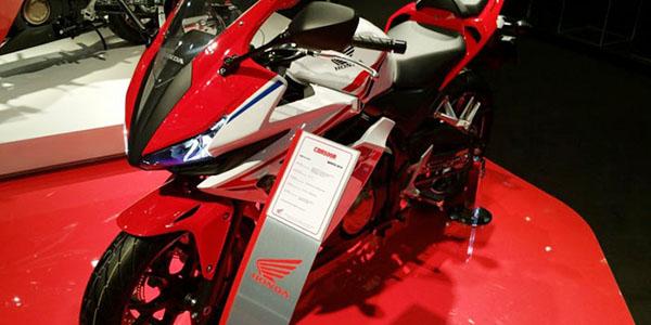 Motor Sport baru 2016 - Honda CBR150R