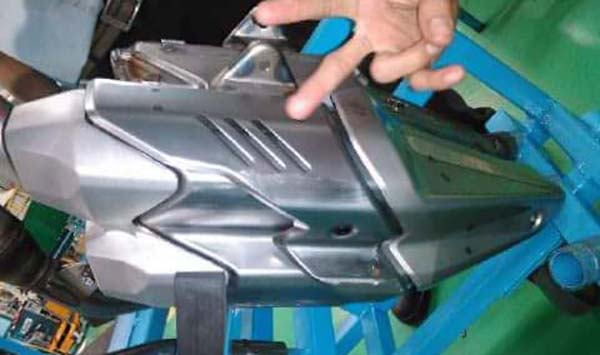 Knalpot Honda CBR250RR double slincer