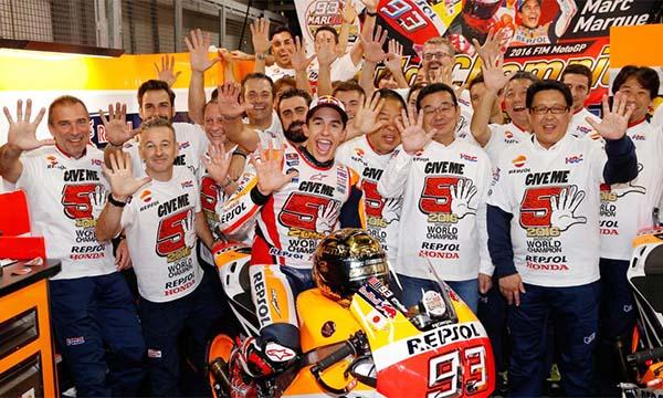 Marc Marquez bersama tim Repsol Honda
