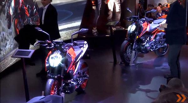 KTM Duke 125 dan Duke 390 model year 2017