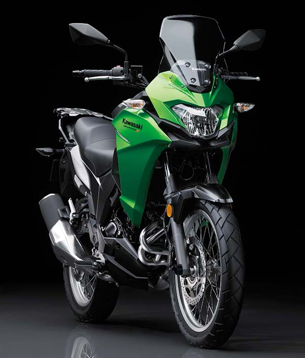 Kawasaki Versys-X 250 hijau depan