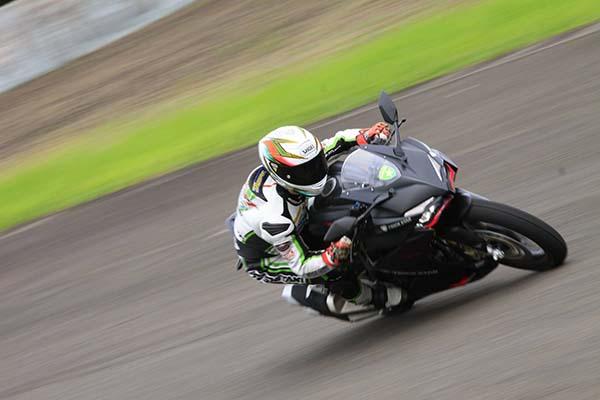 Honda CBR250RR Cornering