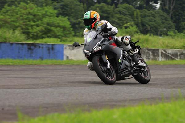 Honda CBR250RR di tes Sentul