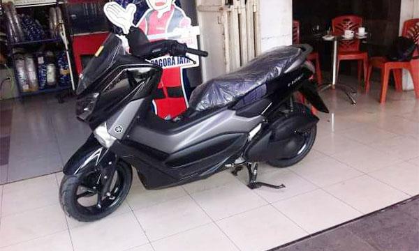 Yamaha NMax 2017 hitam