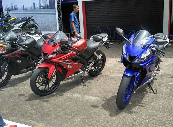 All New Yamaha R15 Racing Blue dan Matte Red