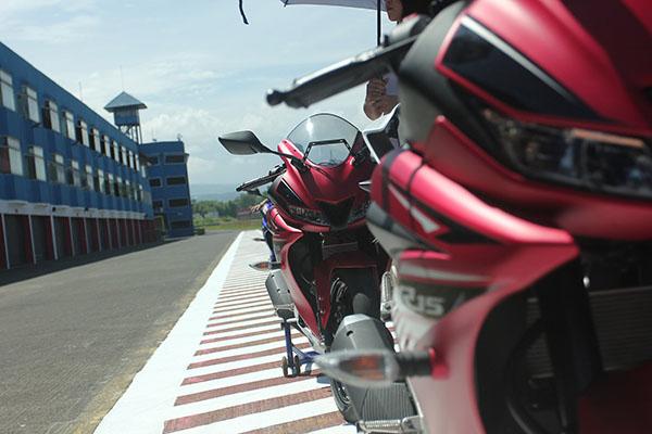New Yamaha R15 Merah