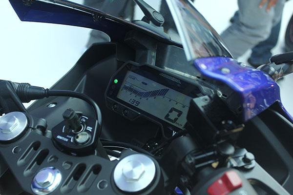 Speedometer Yamaha R15 2017