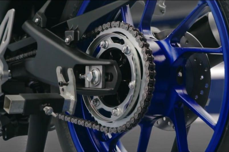 Iklan TVC All New R15 casting wheel
