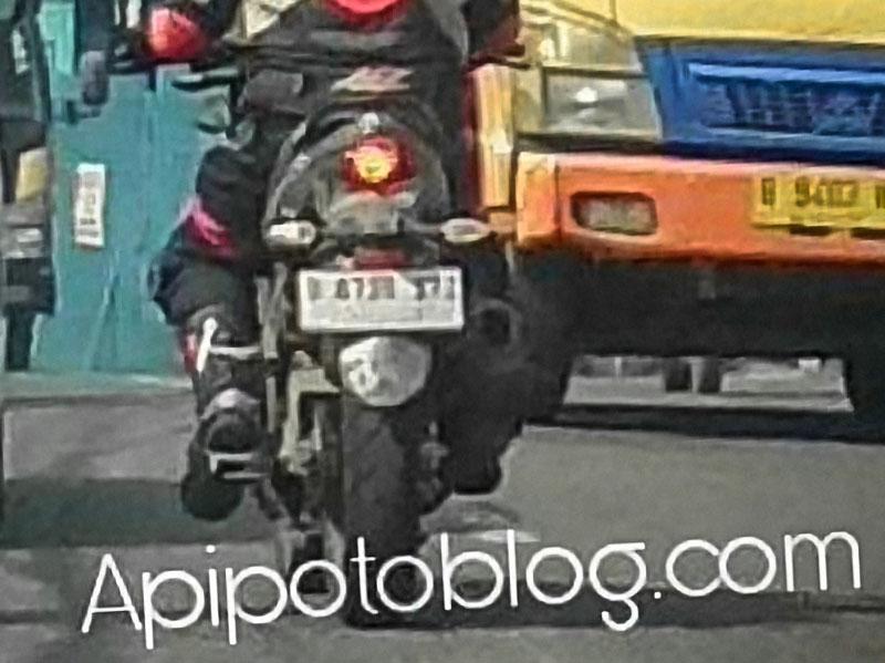 Suzuki Bandit 150 sedang di tes