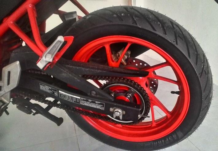 Ganti Ban lebih besar Honda CB150R