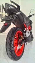 Seksinya Honda CB150R dari belakang