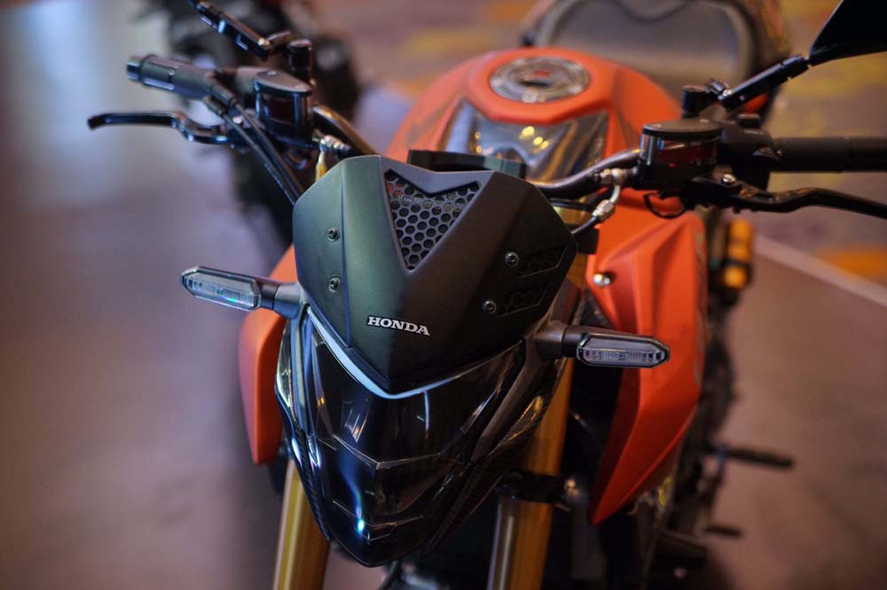 Tampilan depan Modifikasi New CB150R facelift