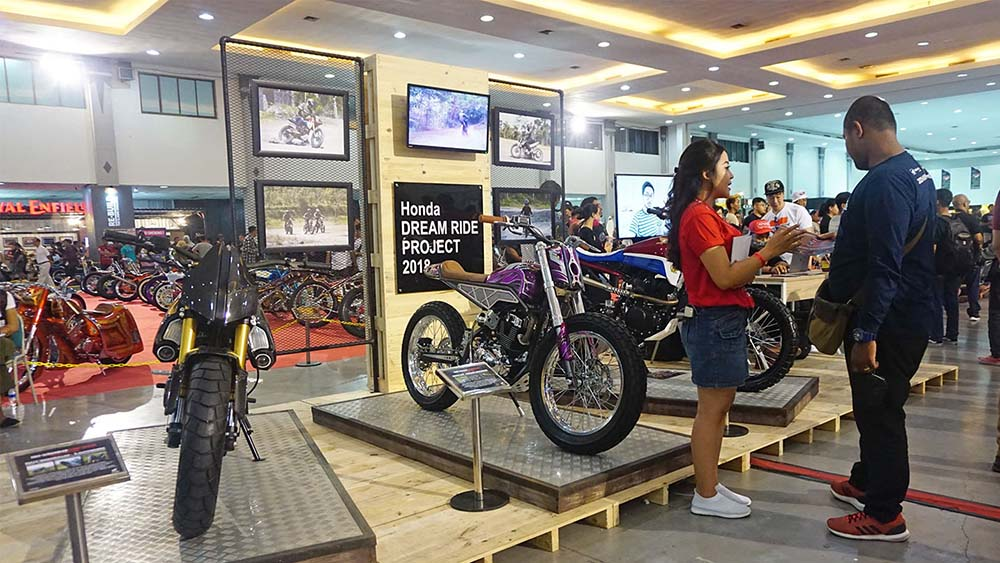 Booth Honda Dream Ride Project di Customfest 2018 Jogja Expo Center