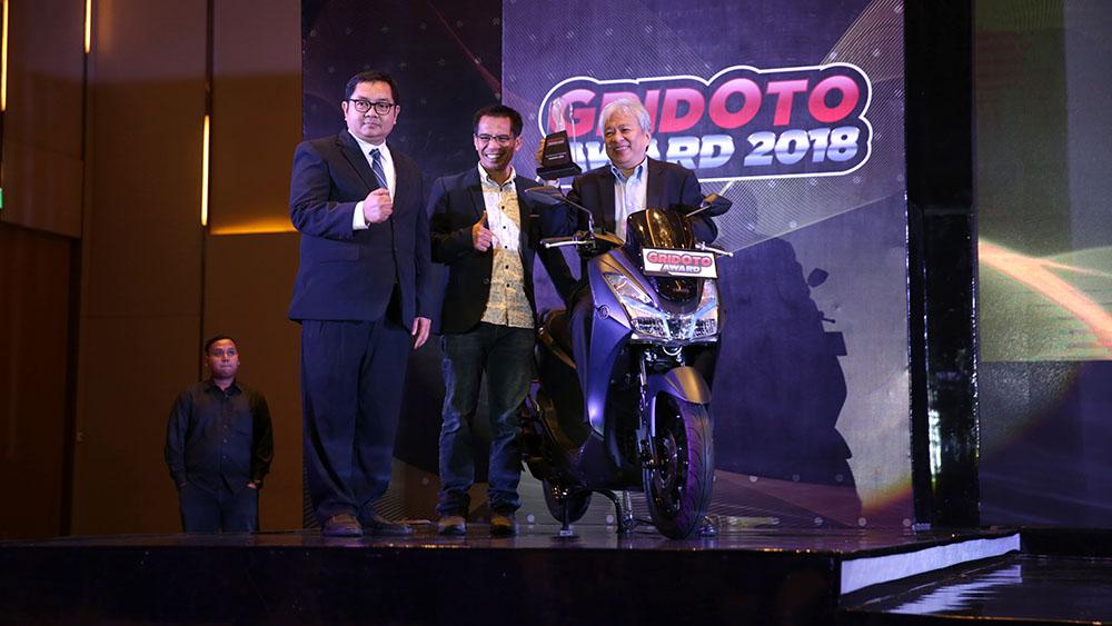 Yamaha Lexi Bike of The Year pada GridOto Awards 2018