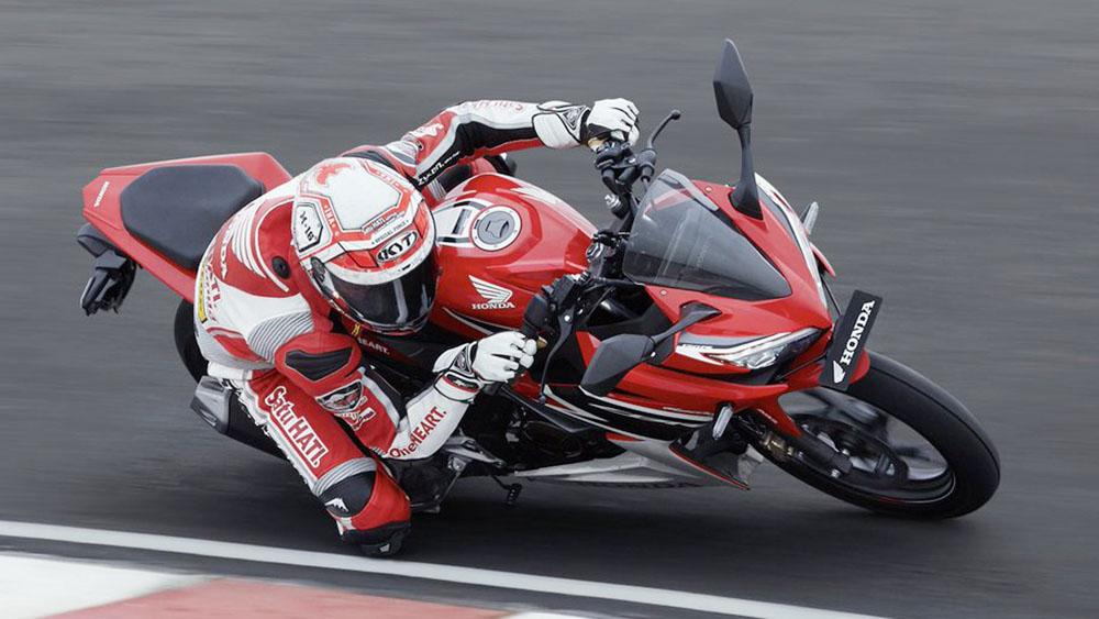 Honda CBR150R New Livery AHRT