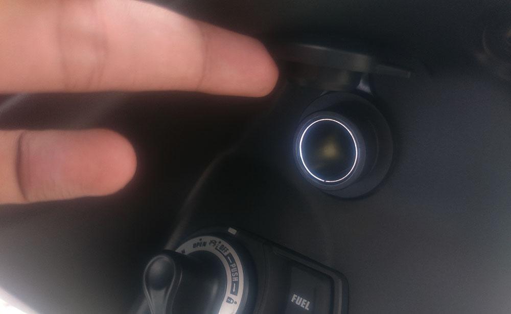 Power Outlet Yamaha FreeGo, buat ngecas hape