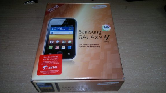 Samsung Galaxy Y Smartphone With Box Packing