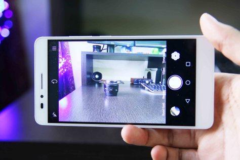 Honor 5x camera