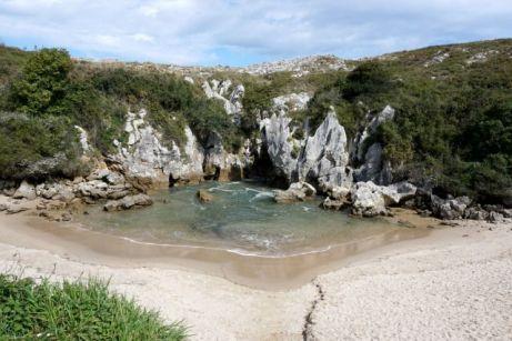 Playa del Gulpiyuri