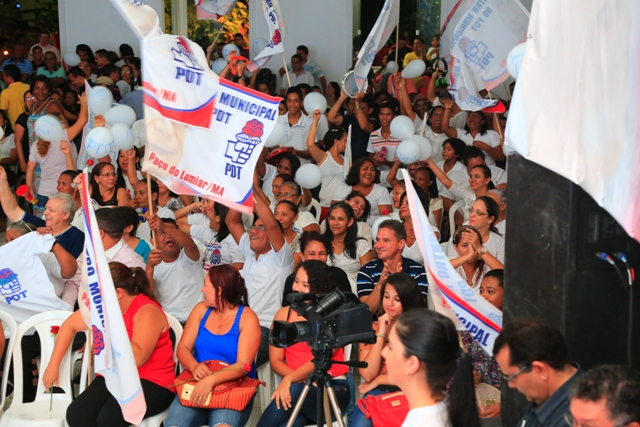 Militância do PDT estadual, conhecida por sua garra em defender a bandeira do partido, agitou os pedetistas que lotaram a casa de eventos