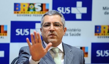 Alexandre-PAdilha