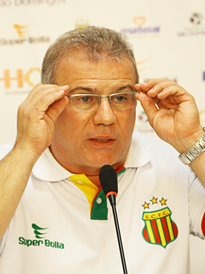 Sérgio frota, presidente do Sampaio