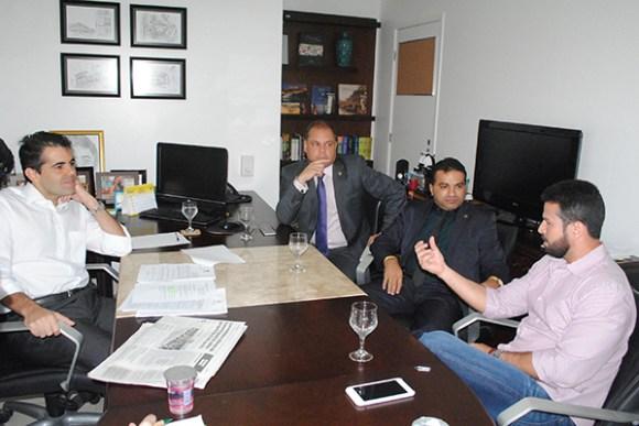Adriano Sarney, Rogério Cafeteira, Josemar de Maranhãozinho e Gil Cutrim, presidente da Famem