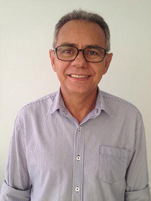 Professor universitário Oduvaldo Cruz