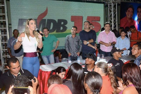 Andrea Murad participa de convenção que homologa candidatura de Dr. Lione em Alto Alegre
