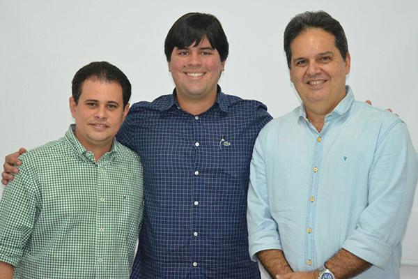 Fernando Muniz, do PP Municipal de Paço do Lumiar, deputado André Fufuca e Gilberto Aroso