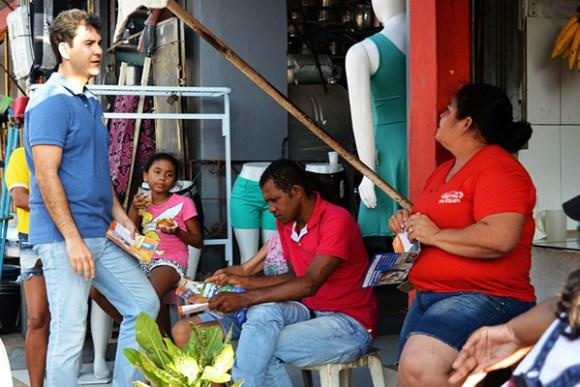 Comerciantes e feirantes da Liberdade fazem reivindicações ao candidato Eduardo Braide