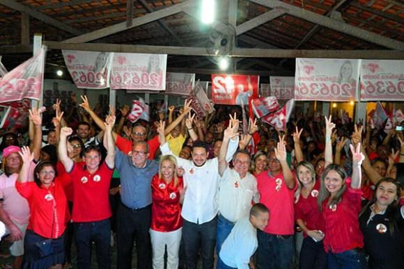 Candidato a vice-prefeito Júlio Pinheiro (PCdoB) participa de reunião com lideranças de Bárbara Soeiro