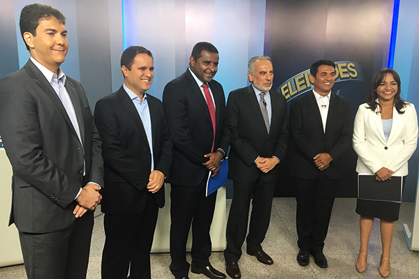 Mediador Tonico Ferreira com Eduardo Braide, Edivaldo Holanda Júnior, Fábio Câmara, Wellington do Curso e Eliziane Gama