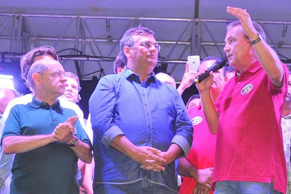 Em comício de encerramento de Luis Fernando, Flávio Dino garante apoio à próxima gestão de São José Ribamar