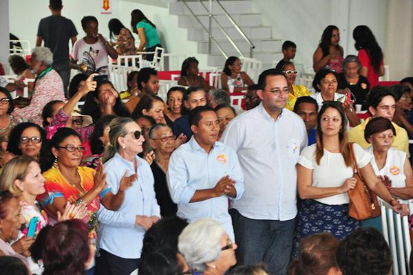 Em grande evento, Marly Abdalla declara apoio à candidatura de Raimundo Penha