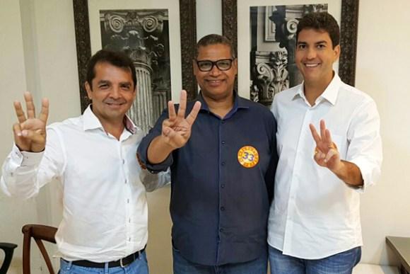 Prefeito Hilton Gonçalo, Bispo Paulo Luiz e o candidato Eduardo Braide (PMN)