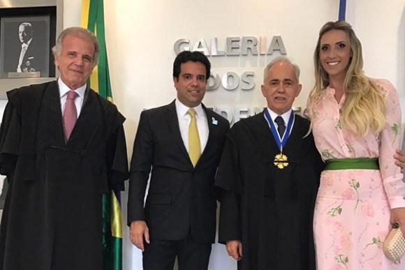 Deputados Edilázio Júnior e Andrea Murad com Raimundo Correa