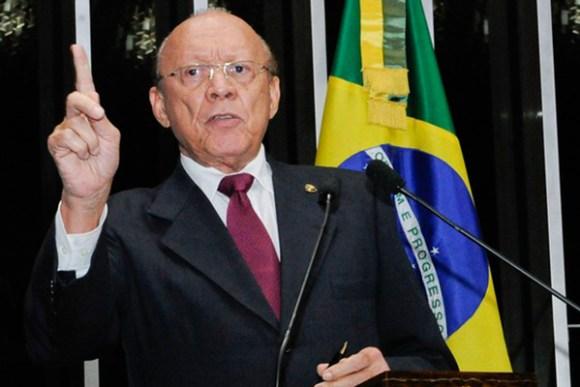 """""""Vamos chegar muito fortes e mais preparados ainda em 2018"""", avisa João Alberto"""